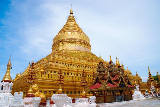 ミャンマー 金色の寺院